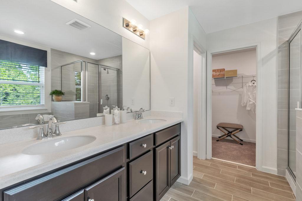 Lennar Brio Owners Bath