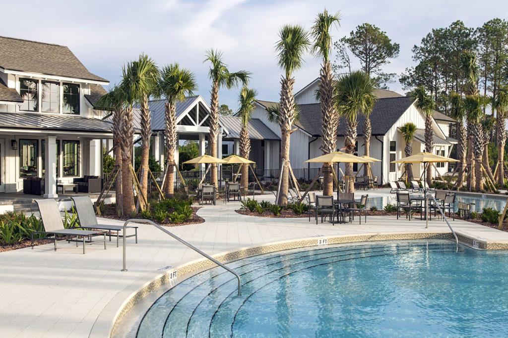 TrailMark Pool & Lounge Area